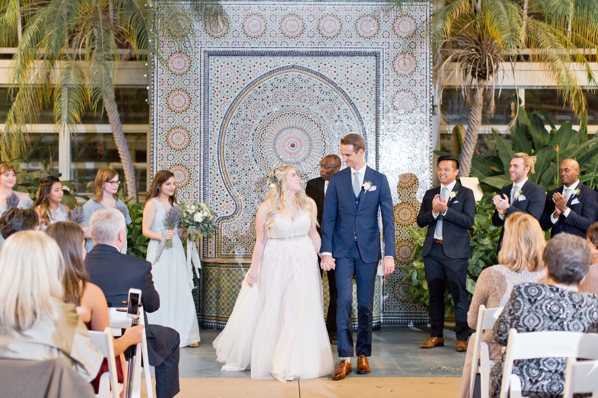 Garfield Park Conservatory Wedding.Maria Harte Photography Garfield Park Conservatory Chicago Wedding